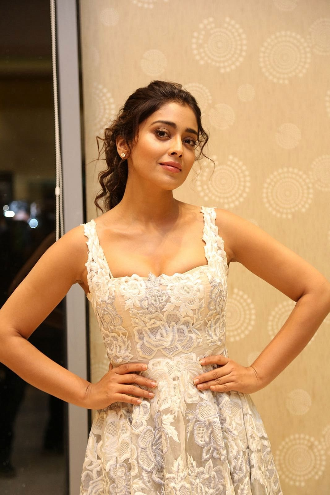 "Shriya Saran Super Sexy Cleavage Show At Telugu Film ""Paisa Vasool"" Audio Success Meet ❤ ❤  ❤"