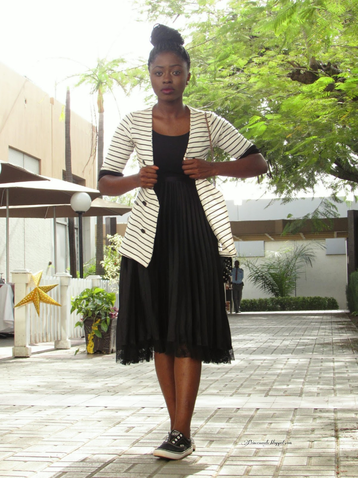 monochrome, black and white, stripes, pleats, lace