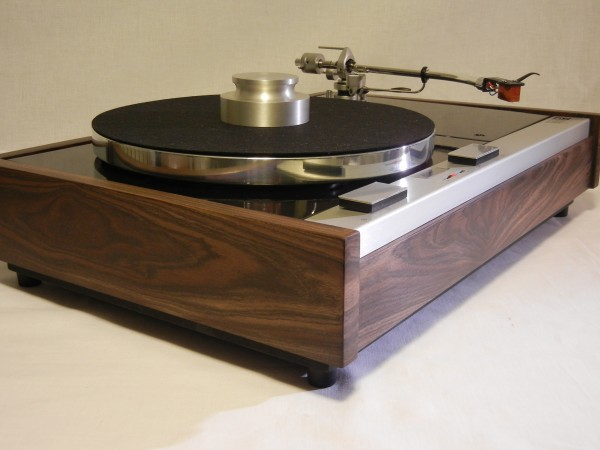 The Vinyl Anachronist: Another Beautiful Long Base Thorens