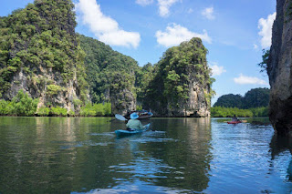Canoeing Phang Nga Bay off the beaten path