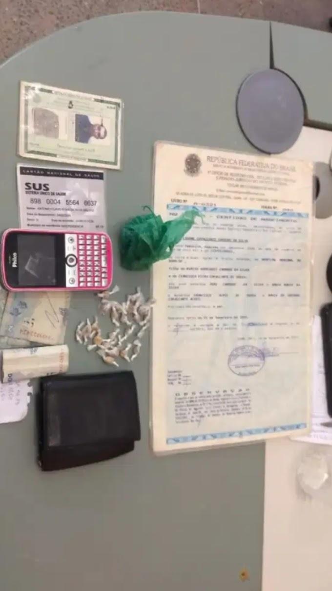 MULHER PRESA ACUSADA DE TRÁFICO DE DROGAS EM INDEPENDÊNCIA