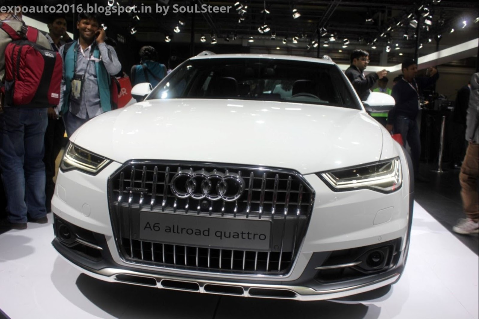 auto expo 2016 by soulsteer audi a6 allroad quattro station wagon on display at auto expo 2016. Black Bedroom Furniture Sets. Home Design Ideas