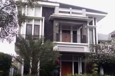 rumah mewah Hidayat Taufiqurahman dan Rita Agustina