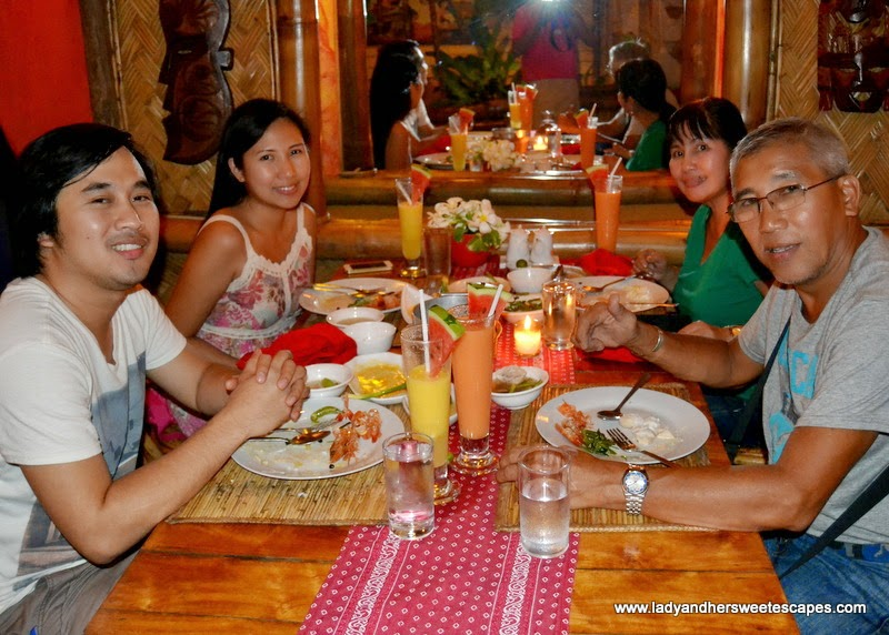 family dinner in KaLui restaurant Palawan