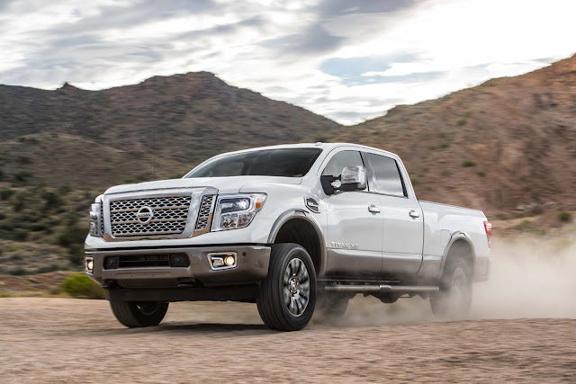 Super Pick Up Nissan Titan XD V-8 Platinum