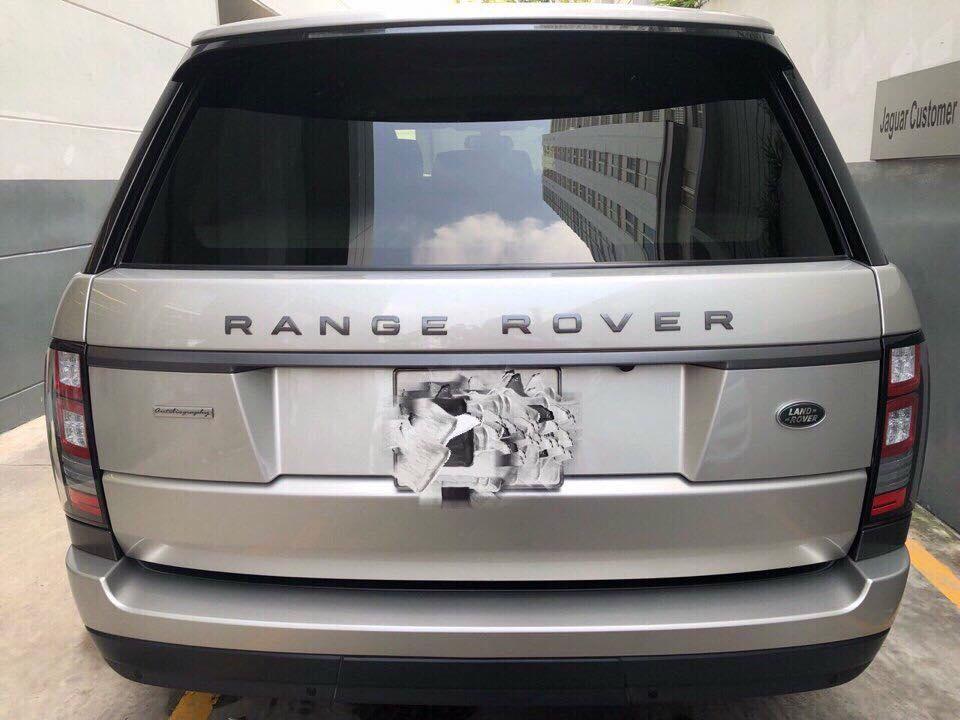 BÁN XE RANGE ROVER CŨ QUA SỬ DỤNG MÁY DẦU 3.0 V6 TẠI TP HỒ CHÍ MINH, RANGE ROVER VOGUE, RANGE ROVER HSE, RANGE AUTOBIOGRAPHY, RANGE ROVER MÁY XĂNG,