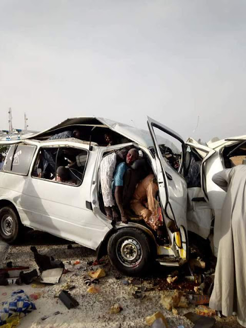 Graphic photos: Scores killed in fatal auto crash along Gusau-Zaria road