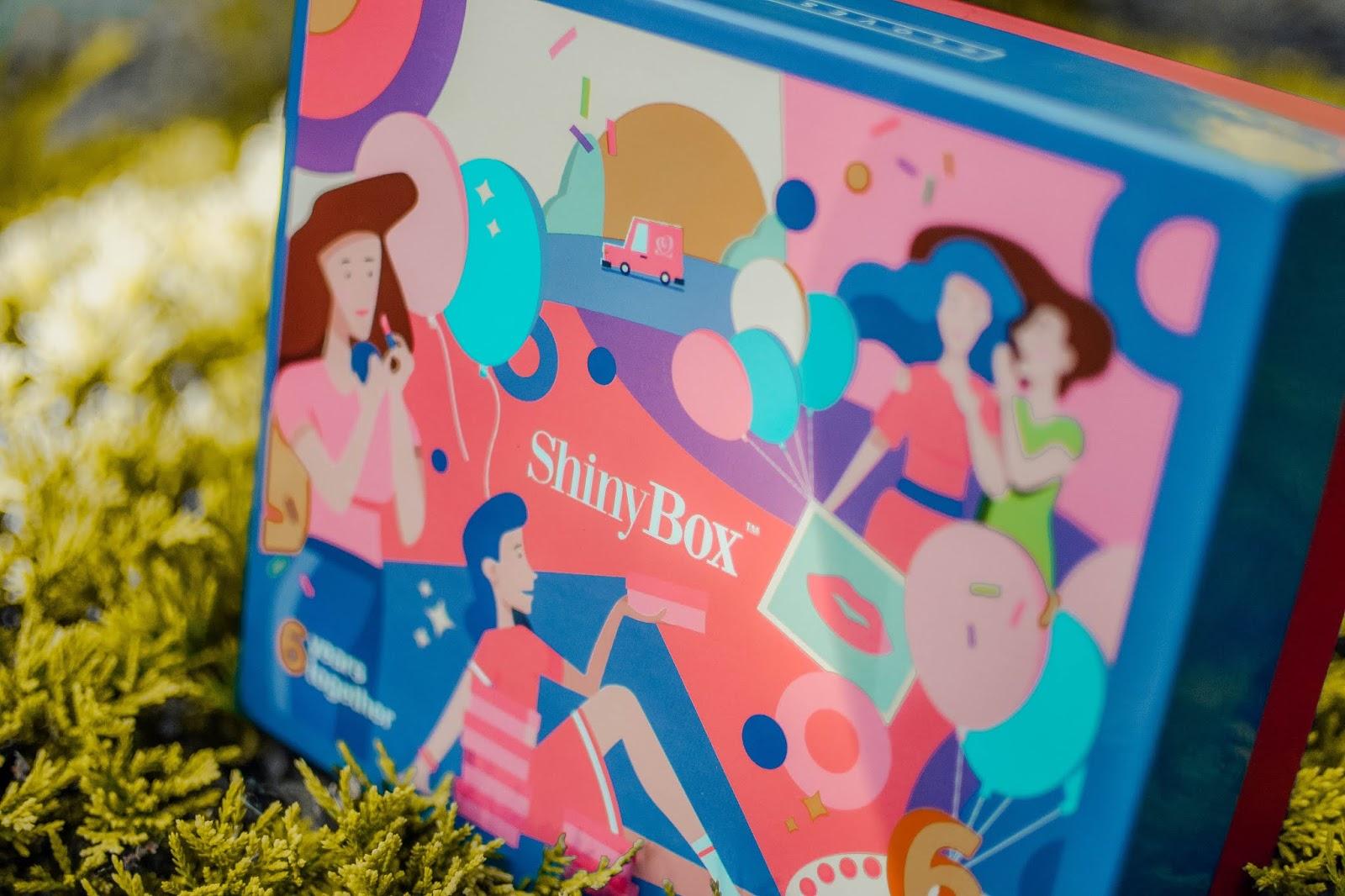 SHINYBOX 6 YEARS TOGETHER - CZERWIEC 2018