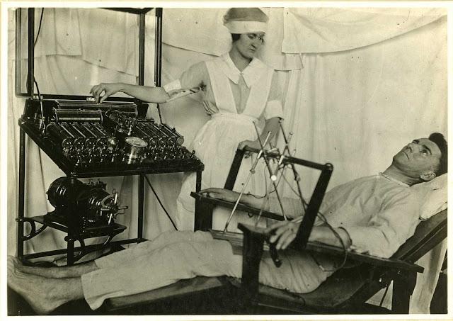 metode pengobatan dengan cara disetrum dengan listrik bertegangan tinggi