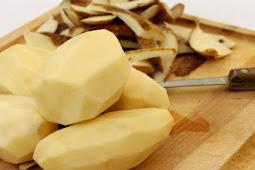 Tips Dapur   Cara Mencegah Kentang Biar Tidak Berubah Warna Setelah Dikupas!