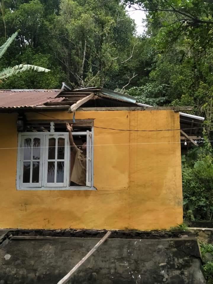 Akibat Cuaca Ekstrim, Rumah Warga Tarorane Rusak Parah
