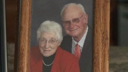 Omg!!! Couple Die Minutes Apart on the Same Day After 63 years of Marriage (Photo)
