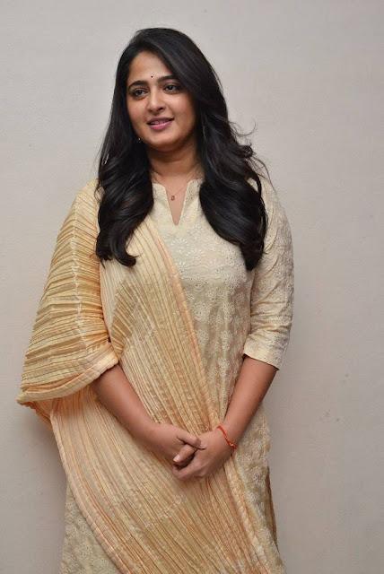 Anushka Photos At Bhaagamathie Movie Thanks Meet