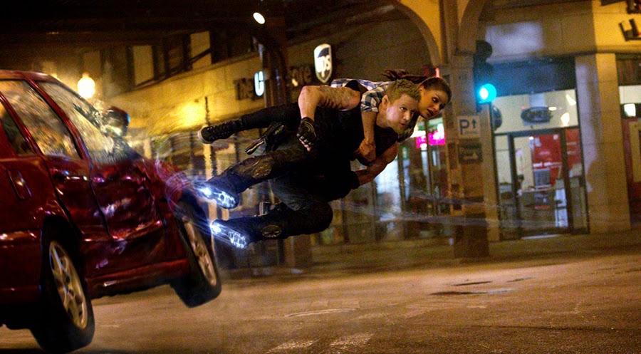 Channing Tatum şi Mila Kunis sfidează gravitaţia în Jupiter Scending