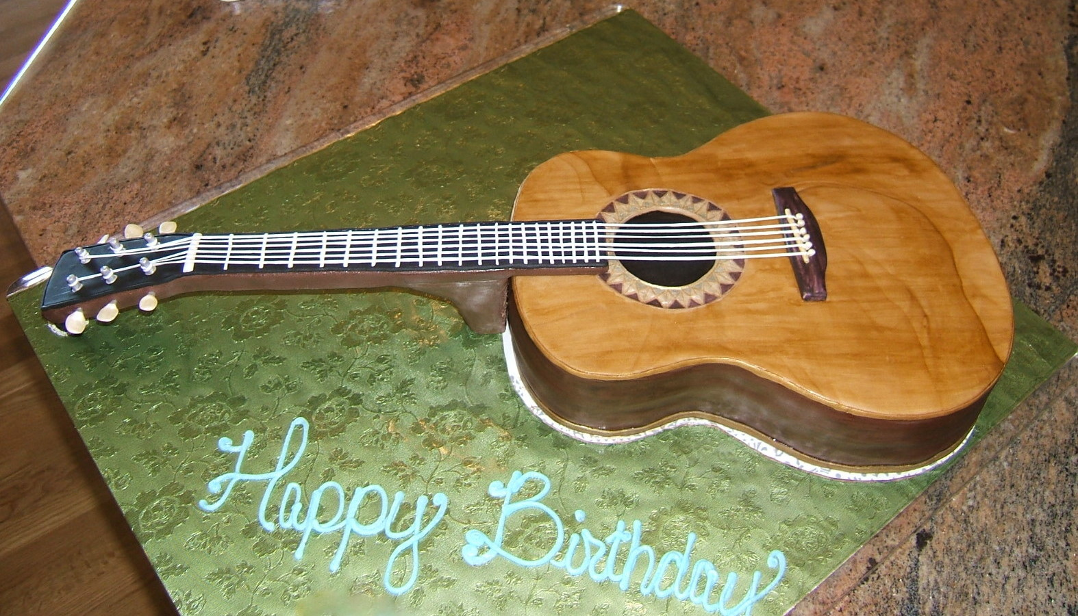 торт гитара из мастики мастер класс фото многом