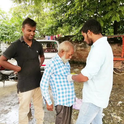 Ankuran Foundation Helping Old Man Sultanpur Uttar Pradesh