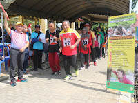 Bupati HSU Lepas 238 CJH Yang Ikut Tes Kebugaran di Lapangan Pahlawan Amuntai