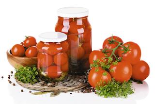 Pomidory-pryanye