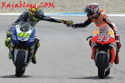 Valentino Rossi Cedera, Ini Kata Marc Marquez