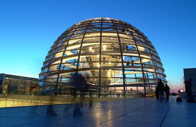 berlino-cupola-del-parlamento-poracci-in-viaggio