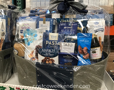 Enjoy the many goodies that comes with the Elegant Blue Gift Basket