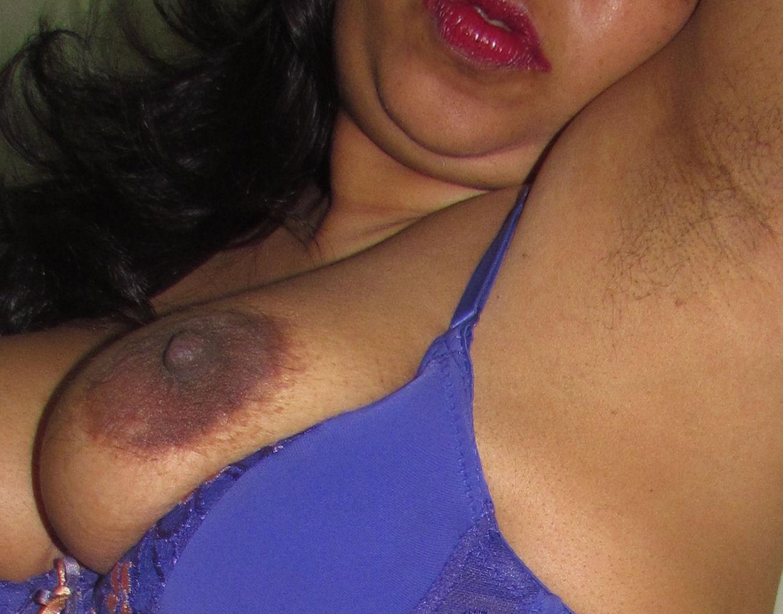 aunty sexy armpits naked boobs