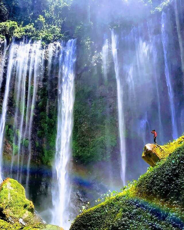 7 air terjun cantik di indonesia foto cobansewu