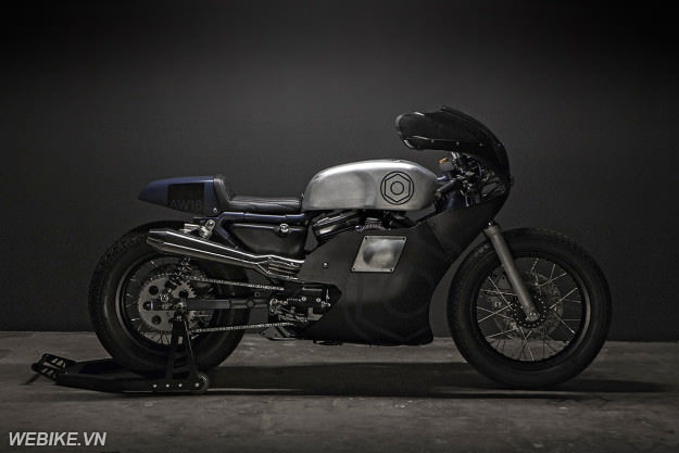Harley Davidson Sportster 883 độ Cafe Racer cổ điển thập niên 50