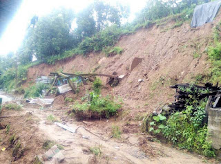 landslide damage roads in lava gitdabling