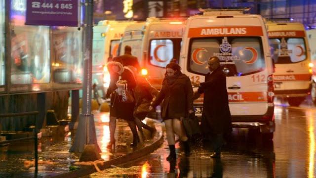 O tiroteio ocorreu no popular clube noturno Reina, no bairro de Ortakoy, que recebe centenas de pessoas todas as noites