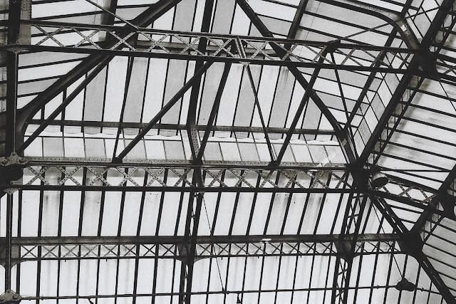 photo argentique noir et blanc gare de l est paris
