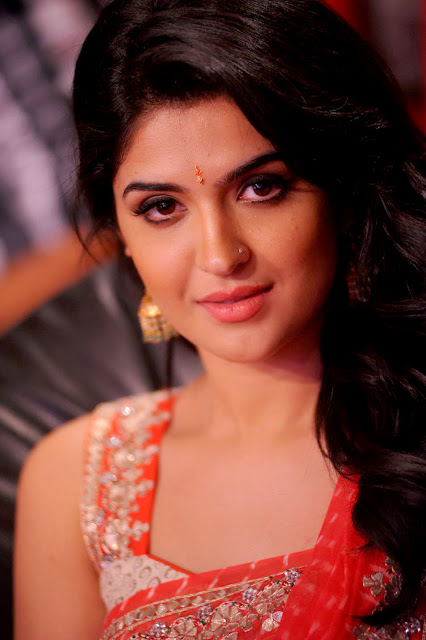 Deeksha Seth Biography and Wiki and Biodata and Age