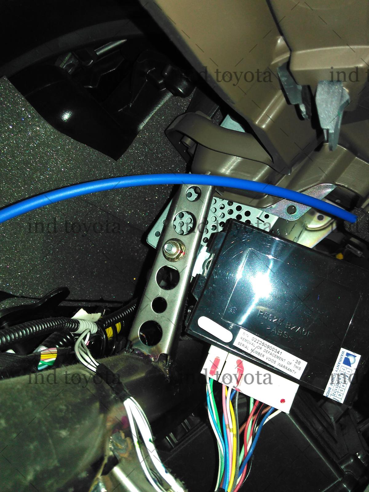 Cara Mematikan Alarm Grand New Avanza Mesin Ngelitik Menyetel Sensitifitas Kendaraan Mobil Toyota Dari Ada Putaran Di Dekat Socketnya Jika Lihat Posisi Anda Pasti Sulit Untuk Itu Buka Mur Ukuran 10 Disampingnya