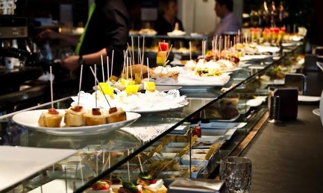 10 restaurantes e bares de tapas no Bairro Gótico em Barcelona