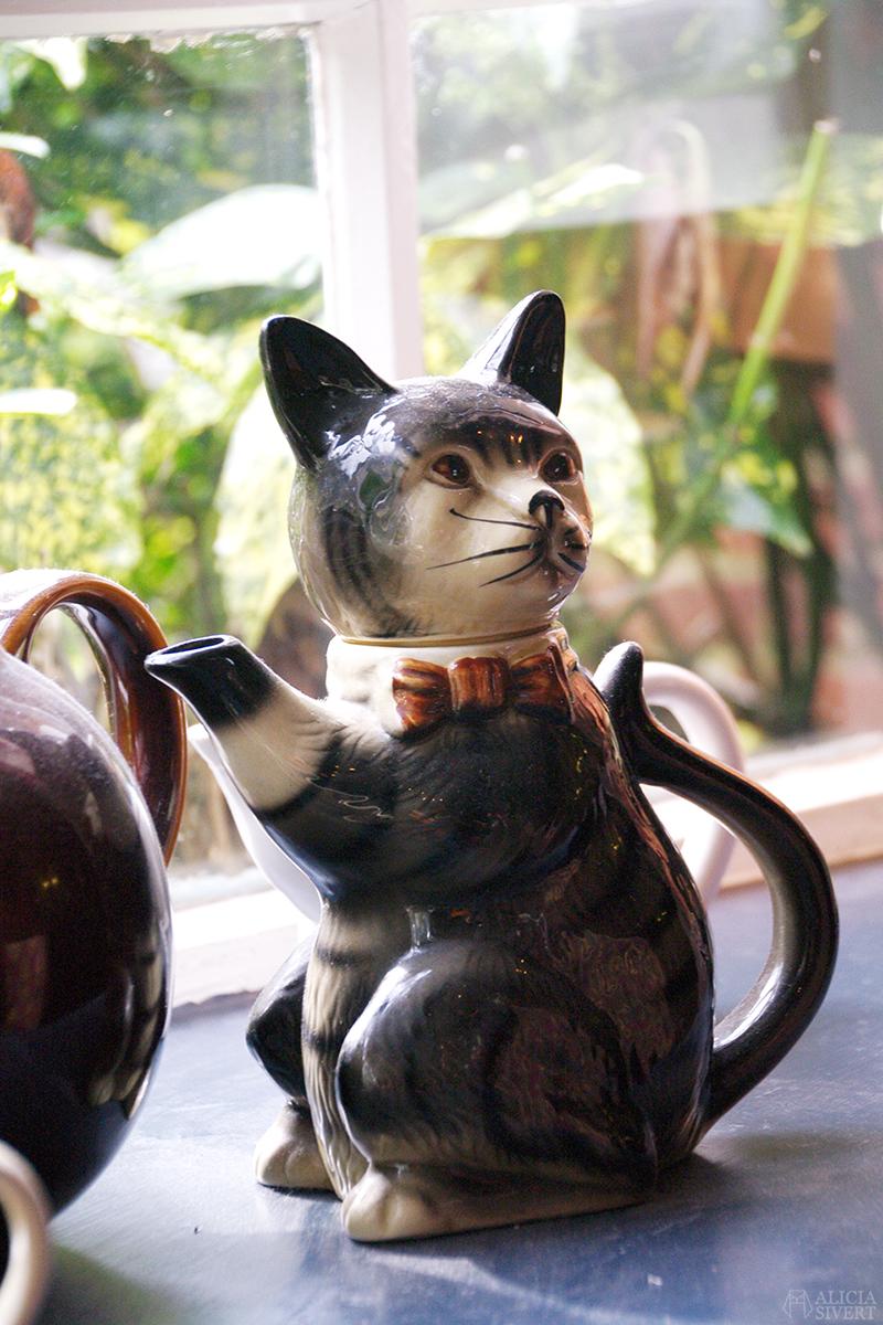 aliciasivert alicia sivert sivertsson london semester utflykt att göra äventyr resa the kings lodge leavesden teapot tekanna katt cat