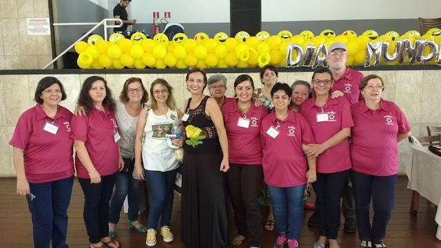https://www.facebook.com/tricoteirassolidarias/photos/pb.1475102886048384.-2207520000.1505788168./2595672657324729/?type=3&theater