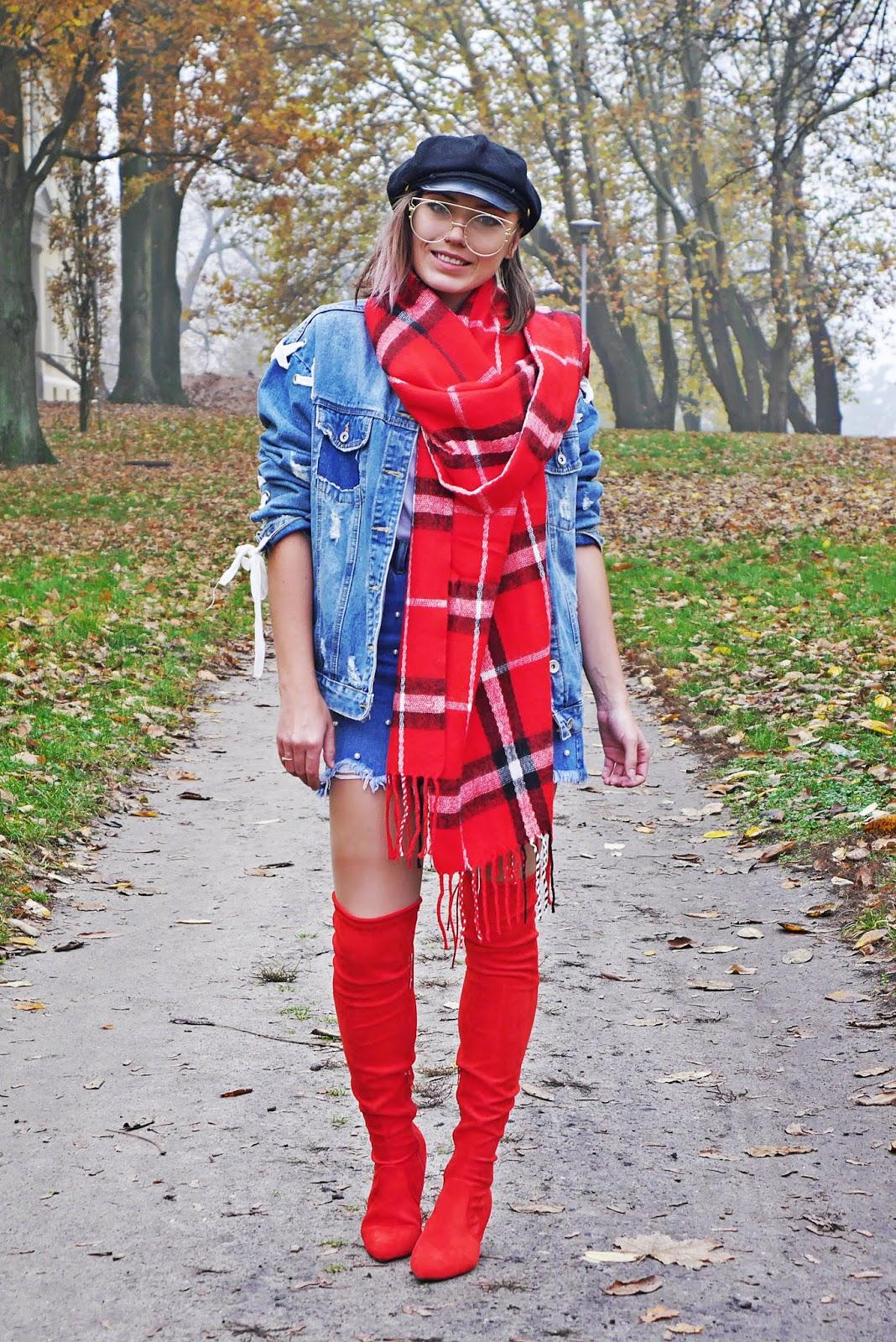https://www.karyn.pl/2018/11/czerwone-kozaki-za-kolano-i-jeansowa.html