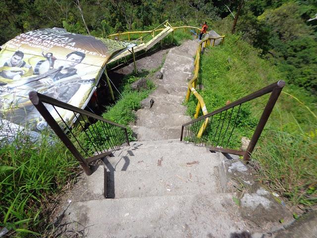 tangga sipiso-piso