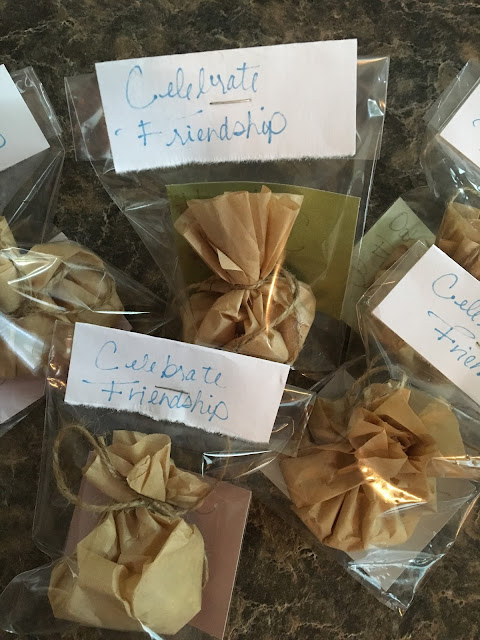 Beauty Begins with Biscotti: Relaxing Oatmeal Bath Sachets