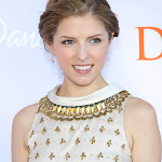 ANNA KENDRICK IS CUTE ENOUGH TO MAKE HEADS SPIN AT VARIETY'S DIZZY FEET EVENT