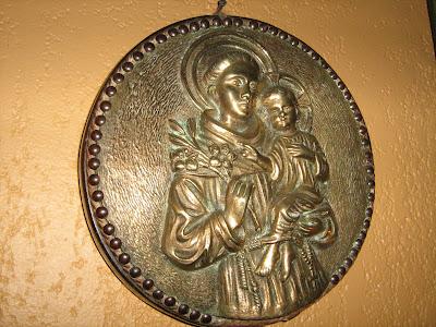 Resultado de imagen para imagenes de orando con maria santisima san antonio