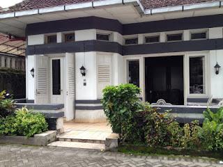 Rumah Opa Cafe Malang, Rumah Opa Malang, Rumah Opa Kitchen Malang