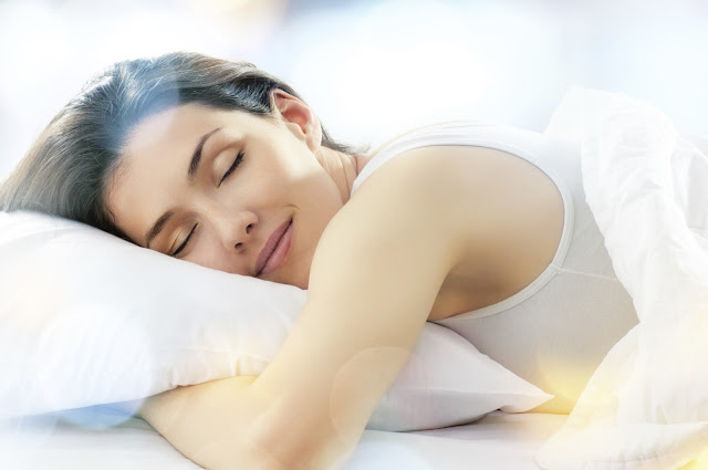 5 Ways You Can Literally Lose Weight In Your Sleep