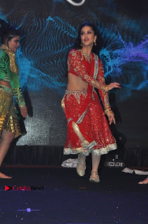 Bollywood Actress Model Sunny Leone Dance Performance in Red Half Saree at Rogue Audio Launch 13 March 2017  0105.jpg