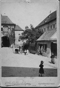 Sibiu - Poatra de intrare în Primăria Veche
