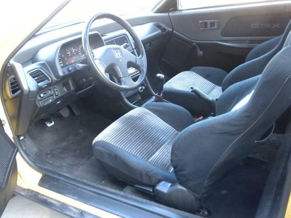 1989 Honda CRX SI Interior