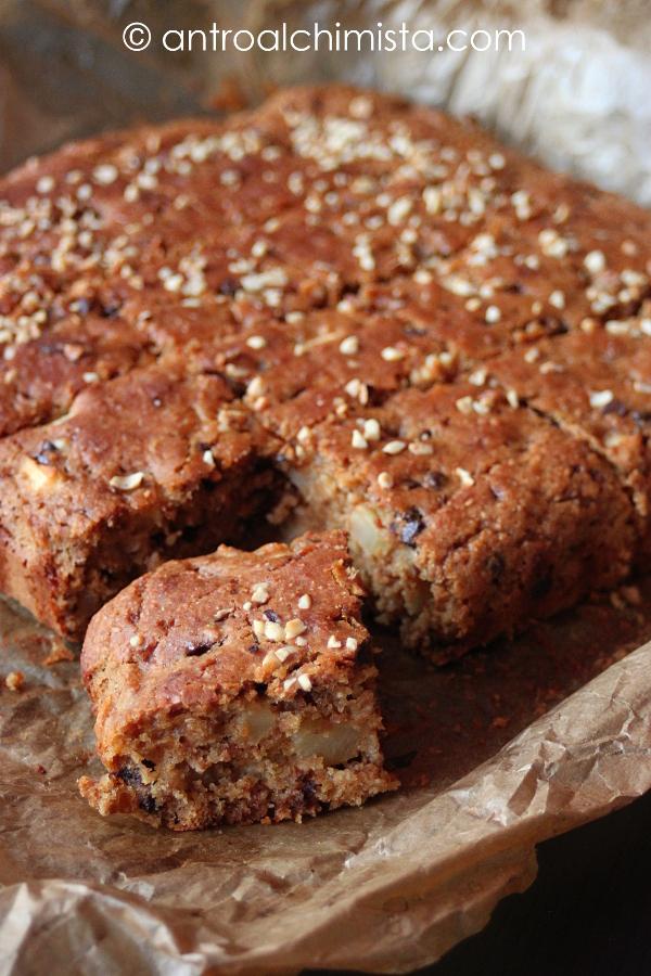 Torta Integrale di Mele con Yogurt, Marmellata di Arance e Cioccolato