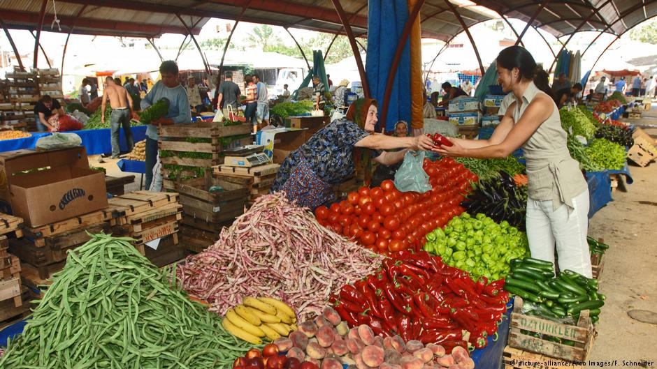 03daa704c57 Το Αφηρημένο Blog: Από τη Λέσβο στη λαϊκή αγορά στο Αϊβαλί!
