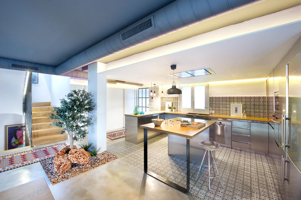 Casa a Benicassim in stile industriale e tradizionale by ...