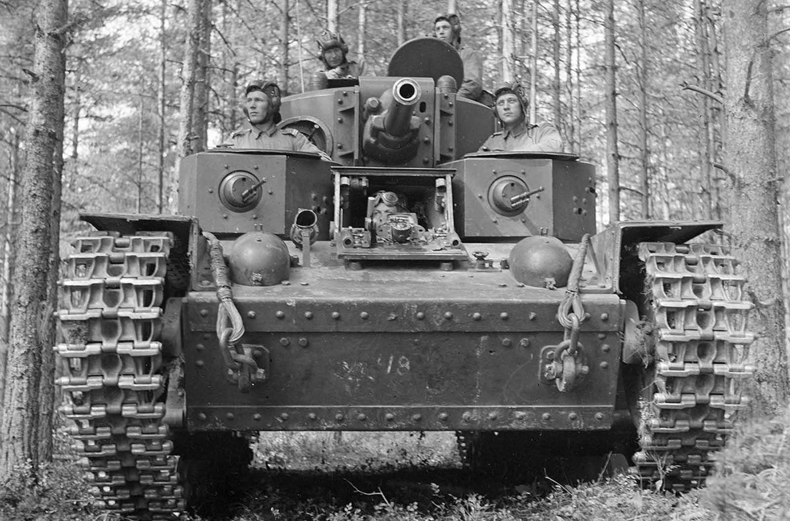 Tripulación del tanque finlandés, 8 de julio de 1941.